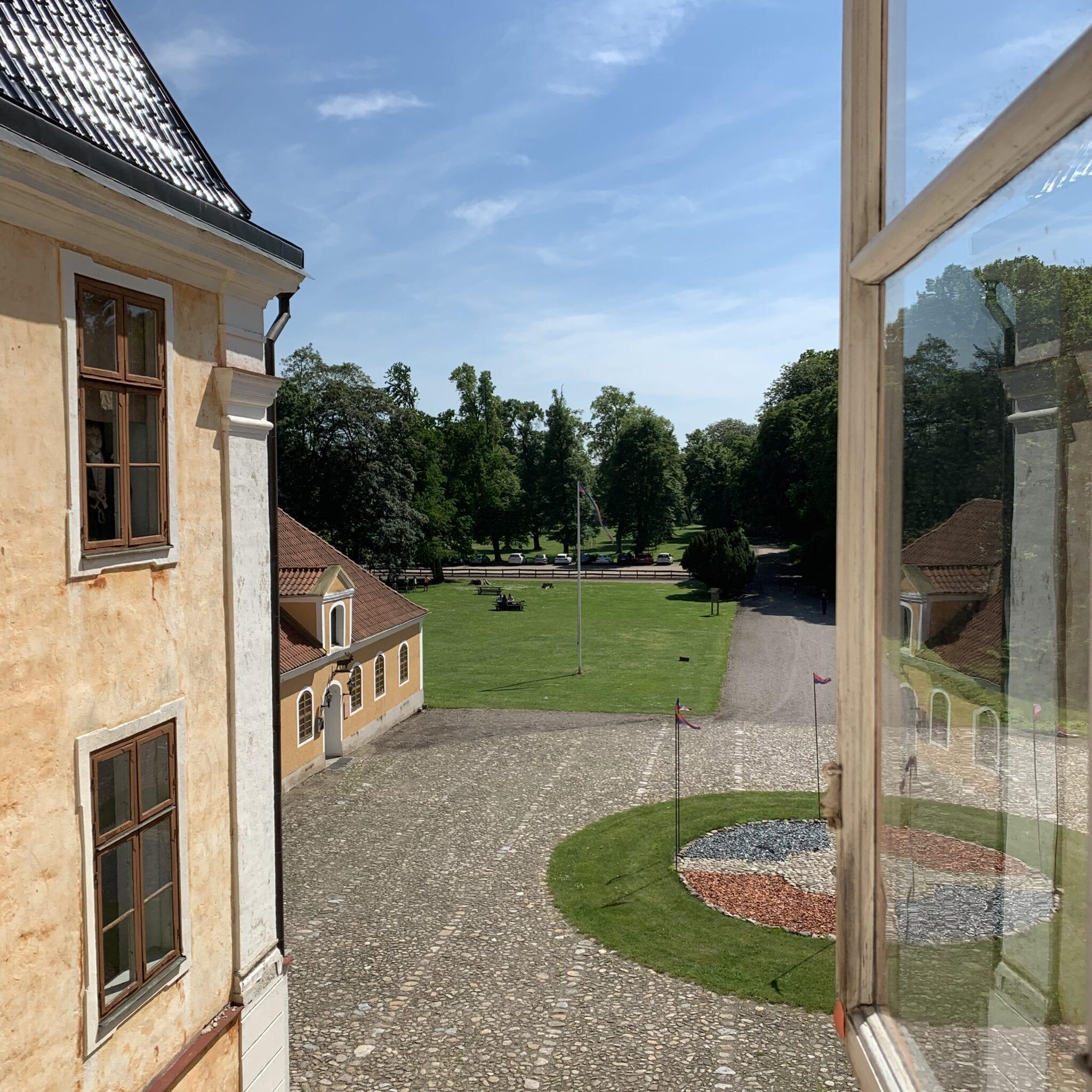 Utsikt från slottet längs siktlinjen söderut