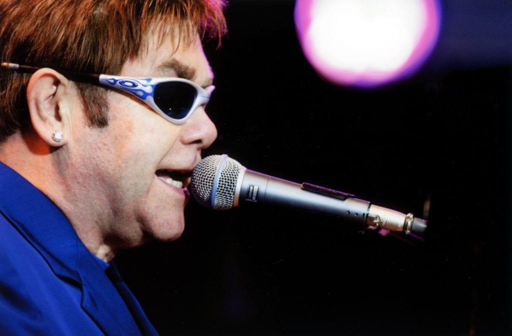 Elton-John-2003-Foto-Håkan-Röjder,-Bilder-i-Syd
